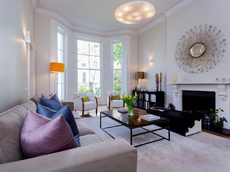 Veeve  Fabulous 4 Bed House On Russell Road Kensington