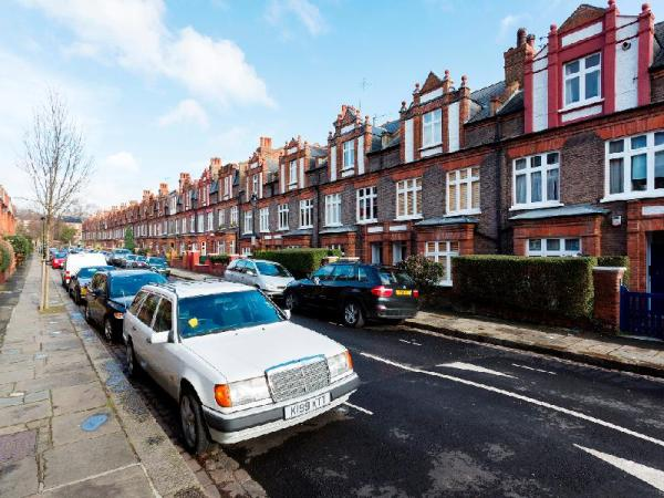 Veeve Stylish 4 Bed Family Home On Lisburne Road Hampstead London