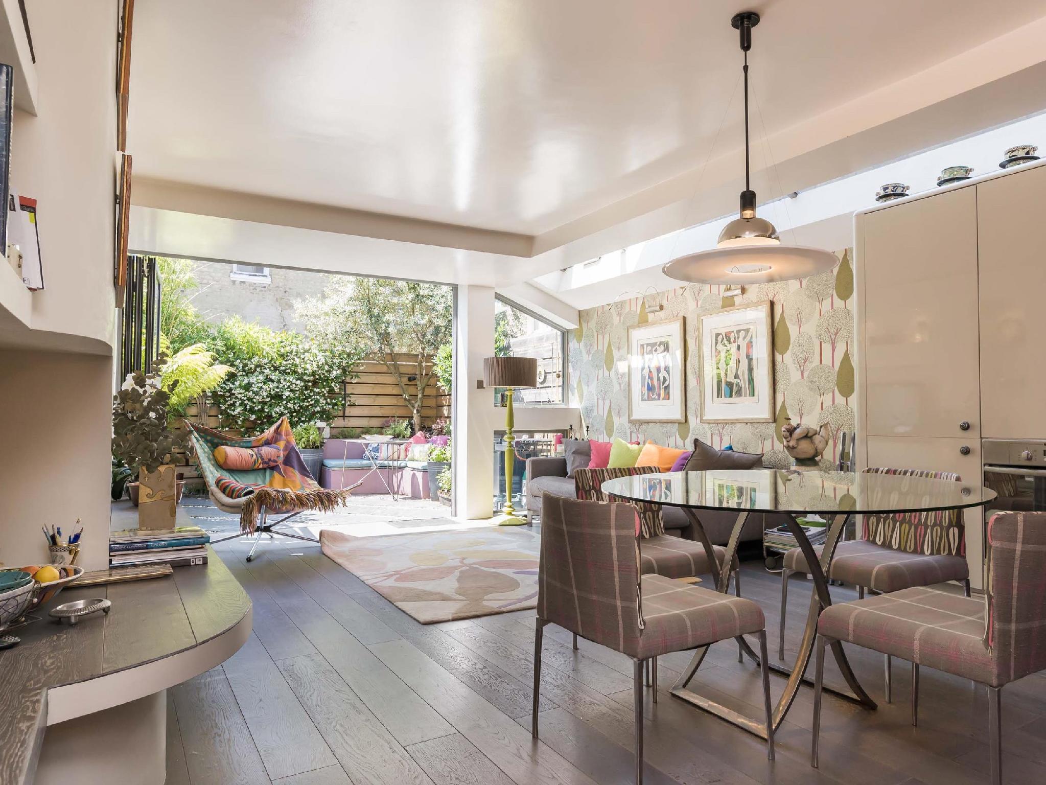 Veeve  Interior Designed 2 Bed Garden Flat Glenrosa Street Fulham