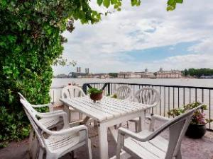 Veeve  AwardWinning Waterside 5 Bed With View Isle Of Dogs