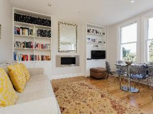 Veeve  2 Bed Flat On Fulham Palace Road Fulham