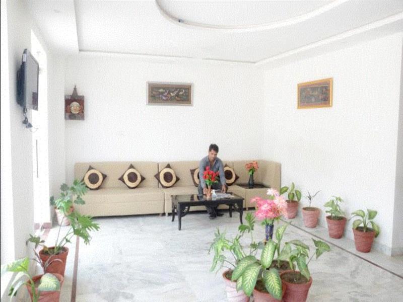 Discount Ganpati Guest House