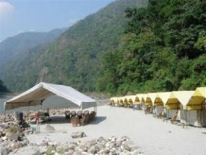 Ganga Banks Camp