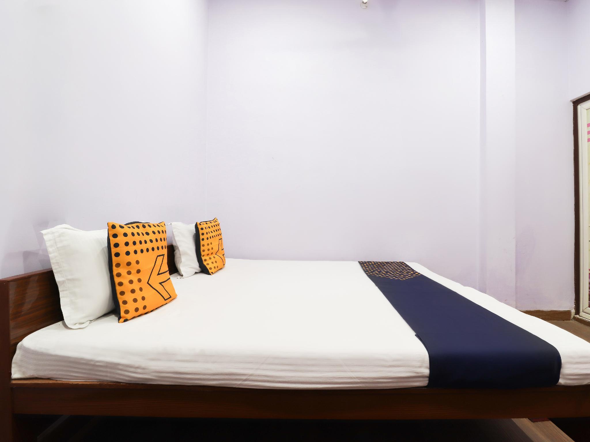 SPOT ON 61660 Vandana Guest House