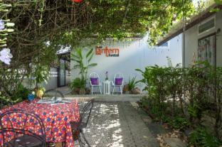 The Lantern Hostel & Spa - Phuket