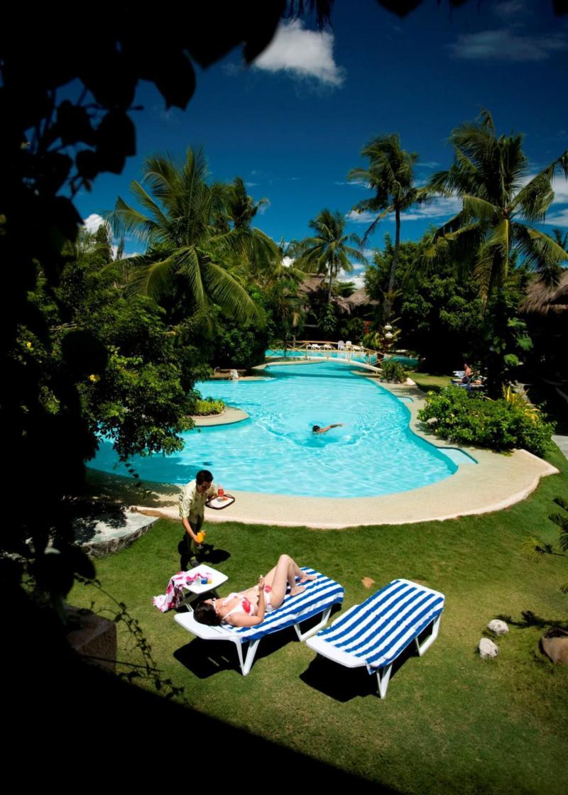 Bluewater Maribago Beach Resort Hotel Lapu City