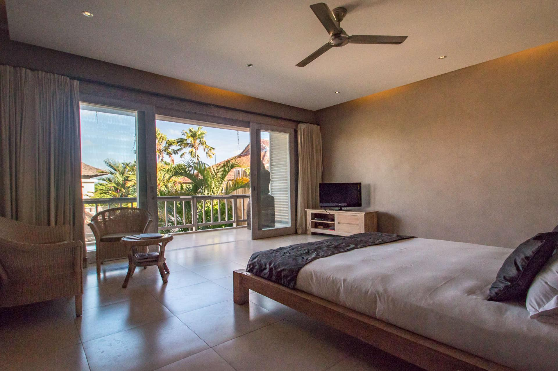 Imagine Your Family Renting A Luxury Holiday Villa Close To Seminyaks Main Attractions