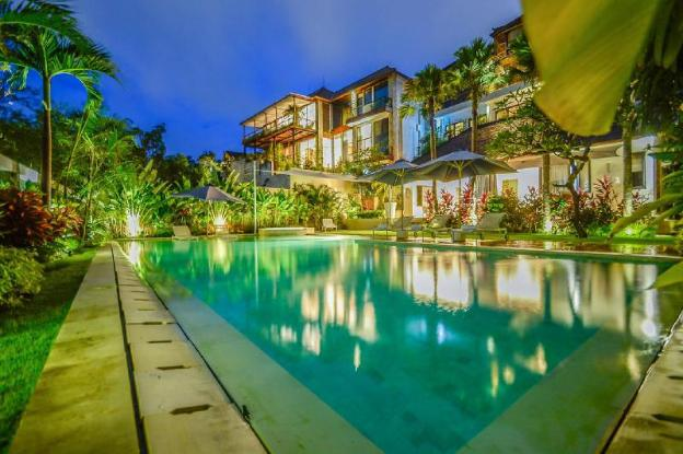 Picture Relaxing Beside Your Private Pool in The Bukit Sipping on Your Favourite Cocktail, Bali