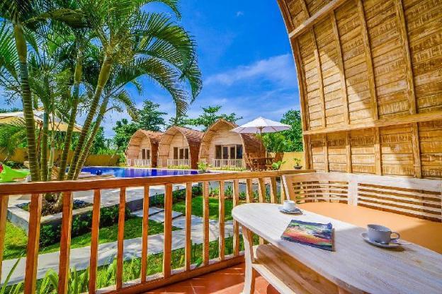 Dream Joglo house 3 min walk from the Beach