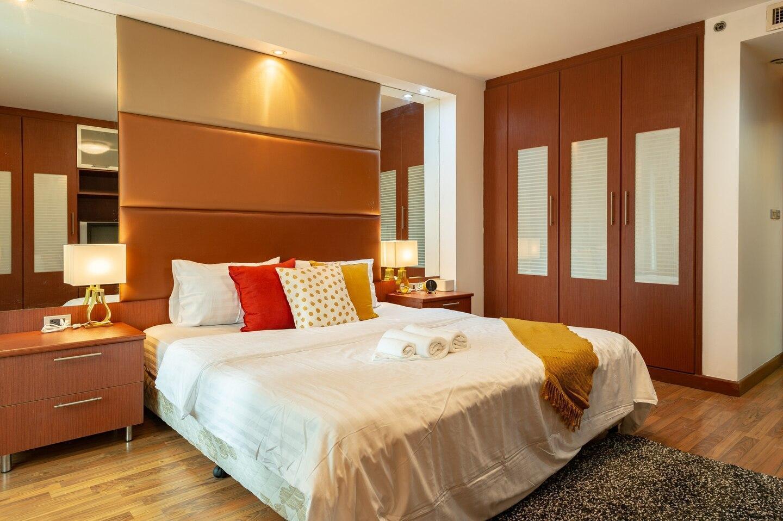 JJ Mansion 7B อพาร์ตเมนต์ 3 ห้องนอน 3 ห้องน้ำส่วนตัว ขนาด 200 ตร.ม. – สุขุมวิท