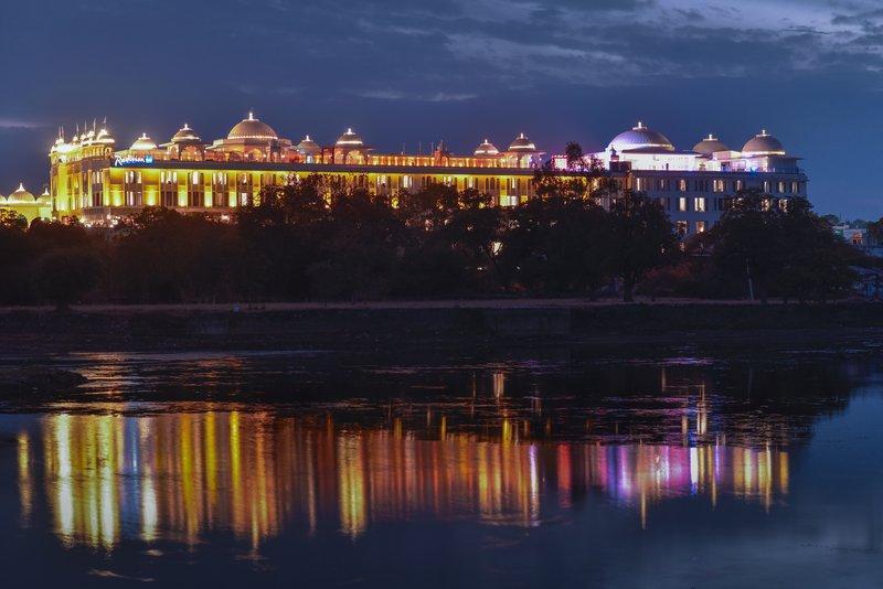 Radisson Blu Udaipur Resorts And Spa