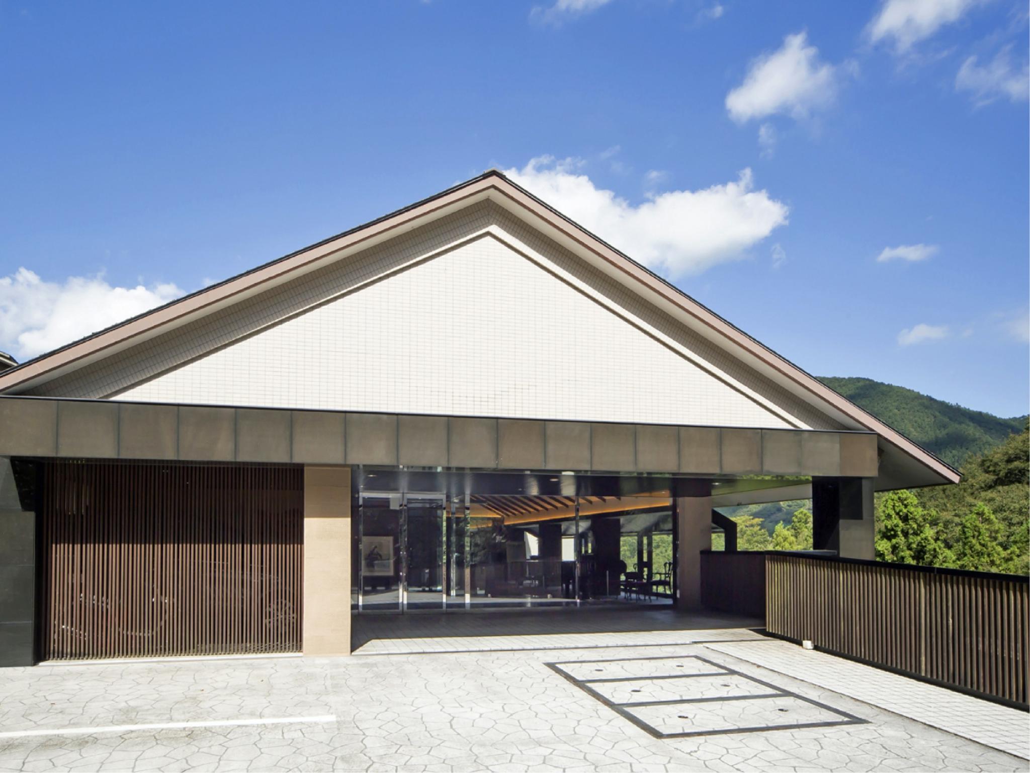Art And Music Spa Resort Hotel Manatei Hakone