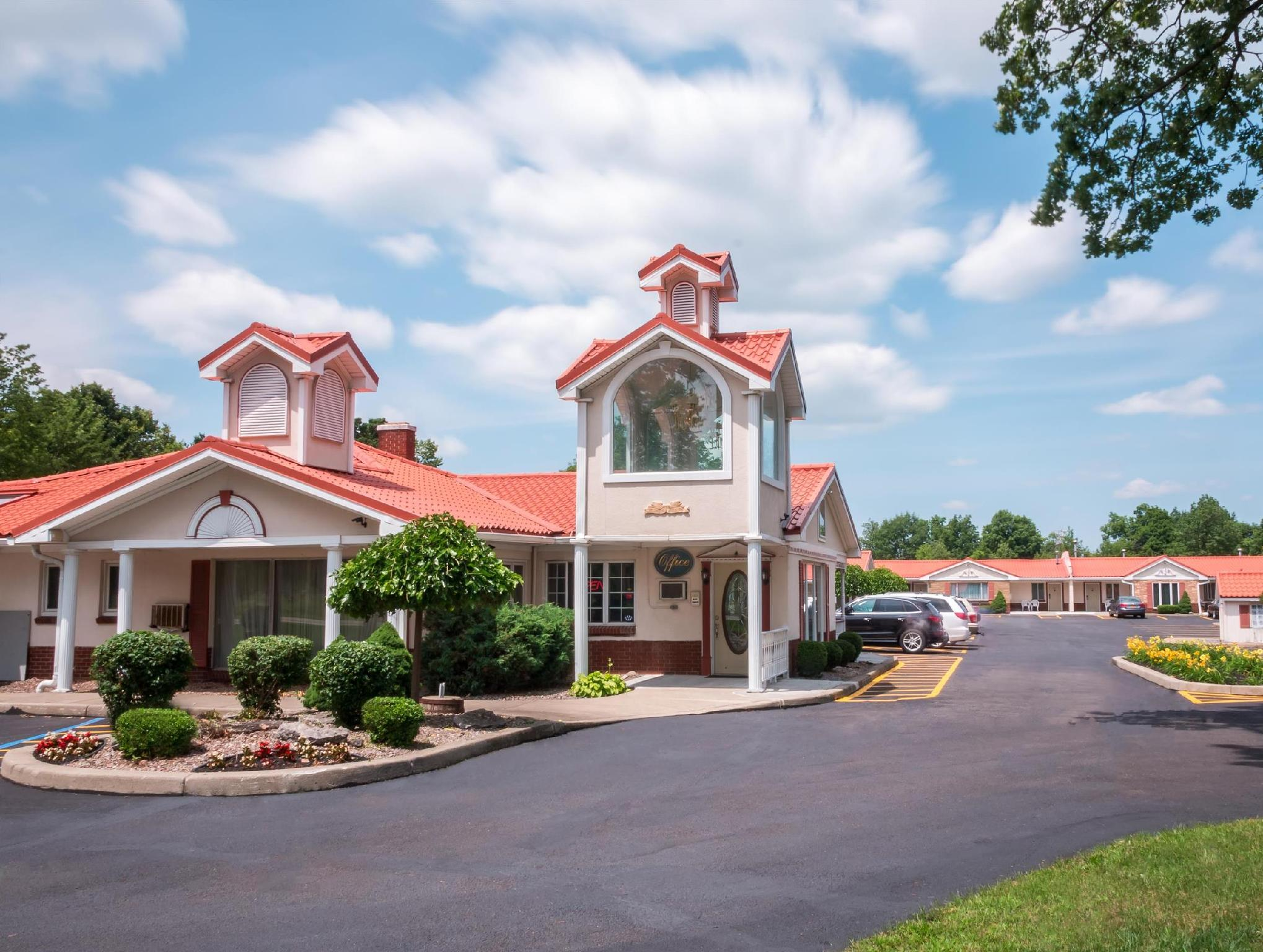 Rodeway Inn And Suites Clarence Buffalo East