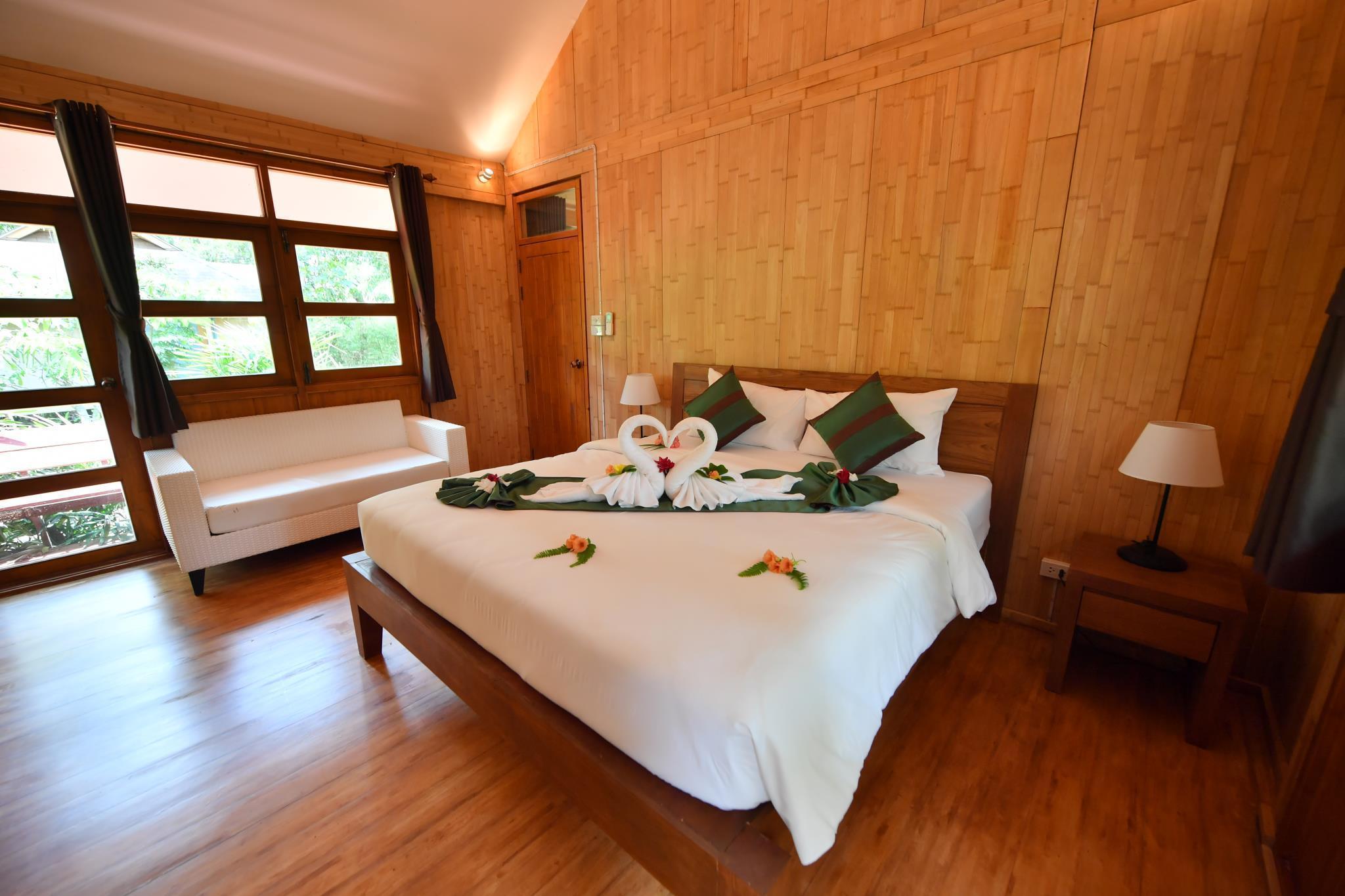 Phuket Touch Green Apartel