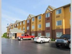 Quality Inn Hotel Grove City