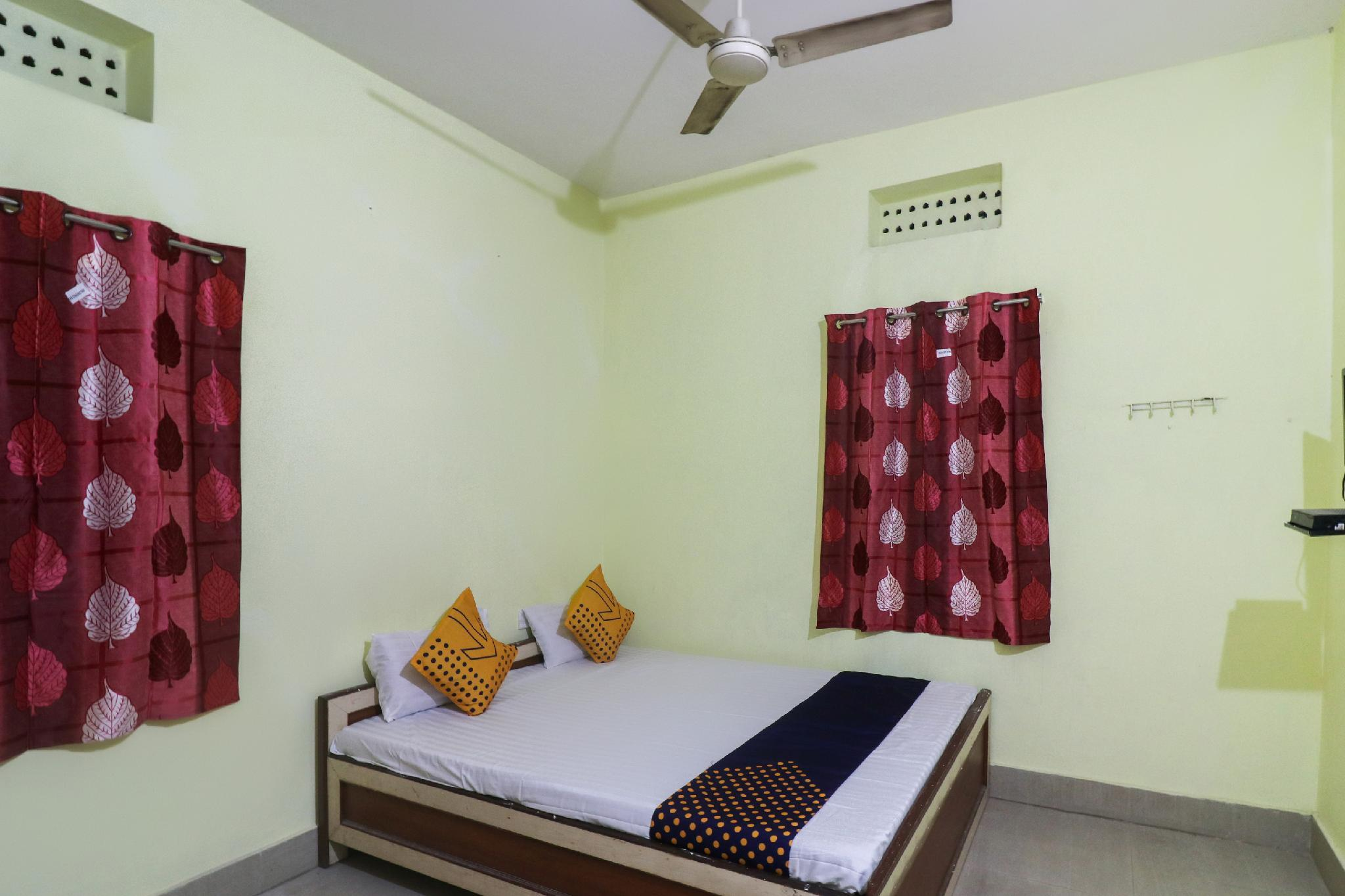 SPOT ON 63911 Hotel Ashirbad Bhawan