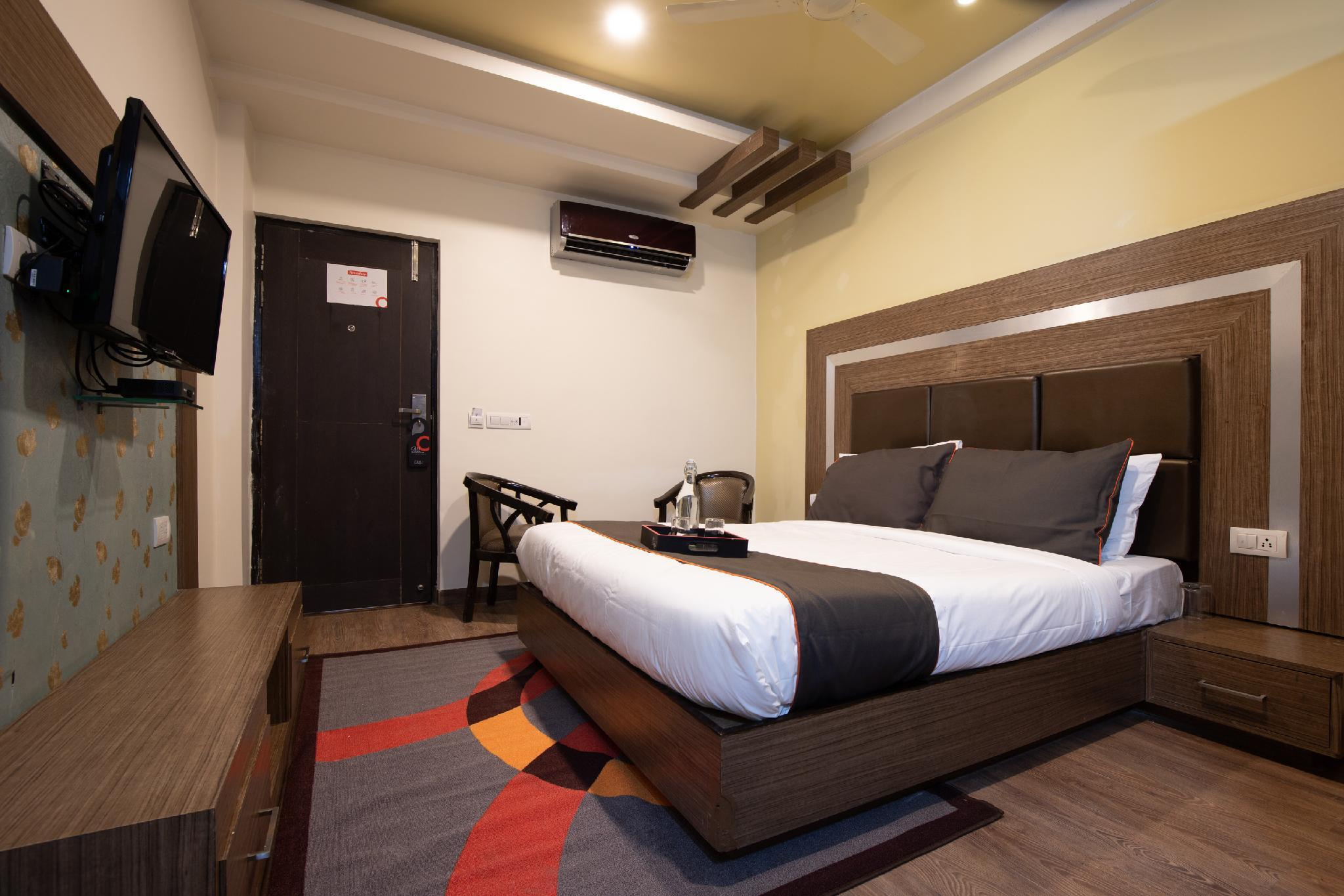 Collection O 50229 Orient Inn Sadar Bazar Rd
