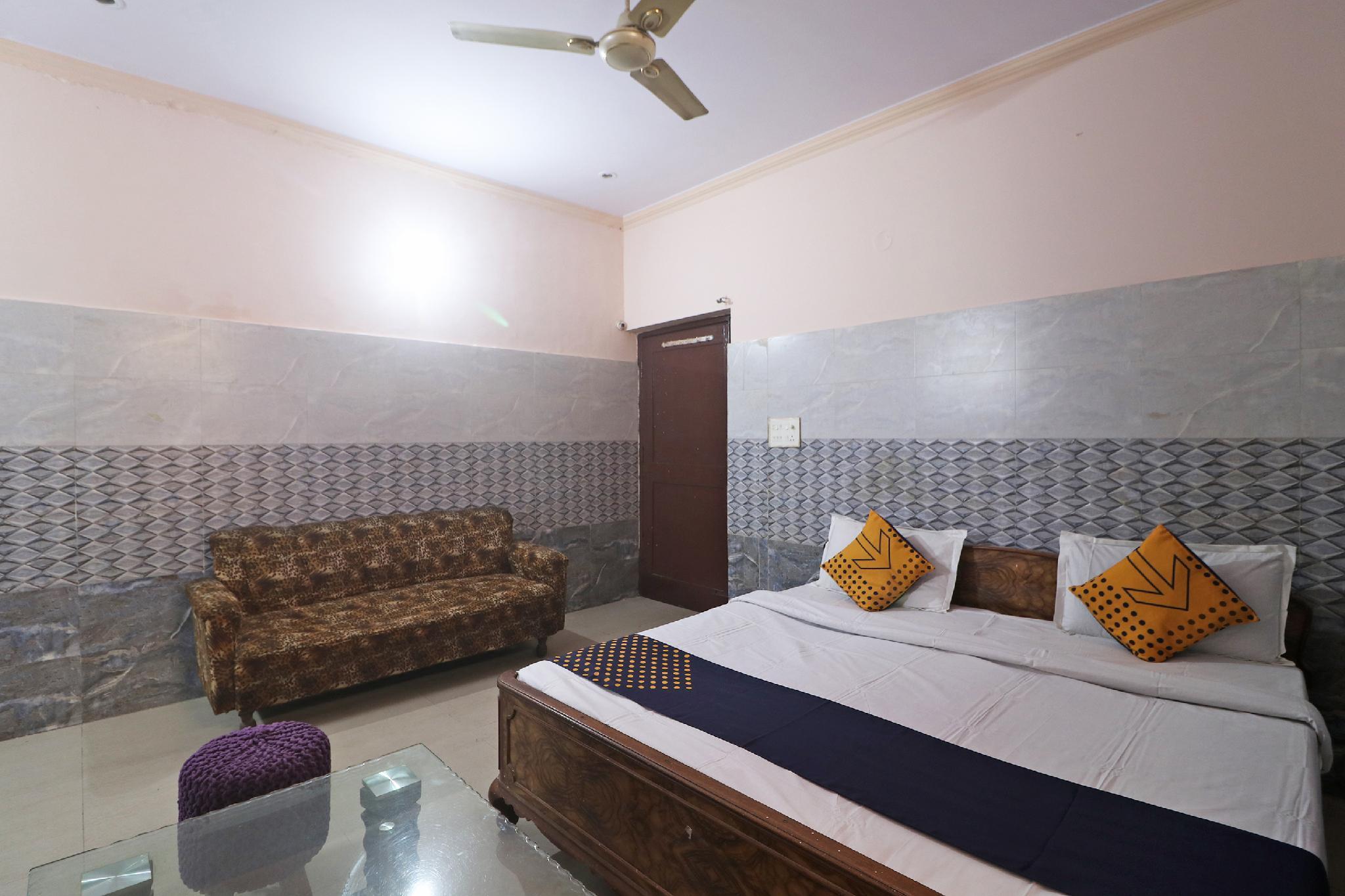 SPOT ON 61735 Shri Ram Residency