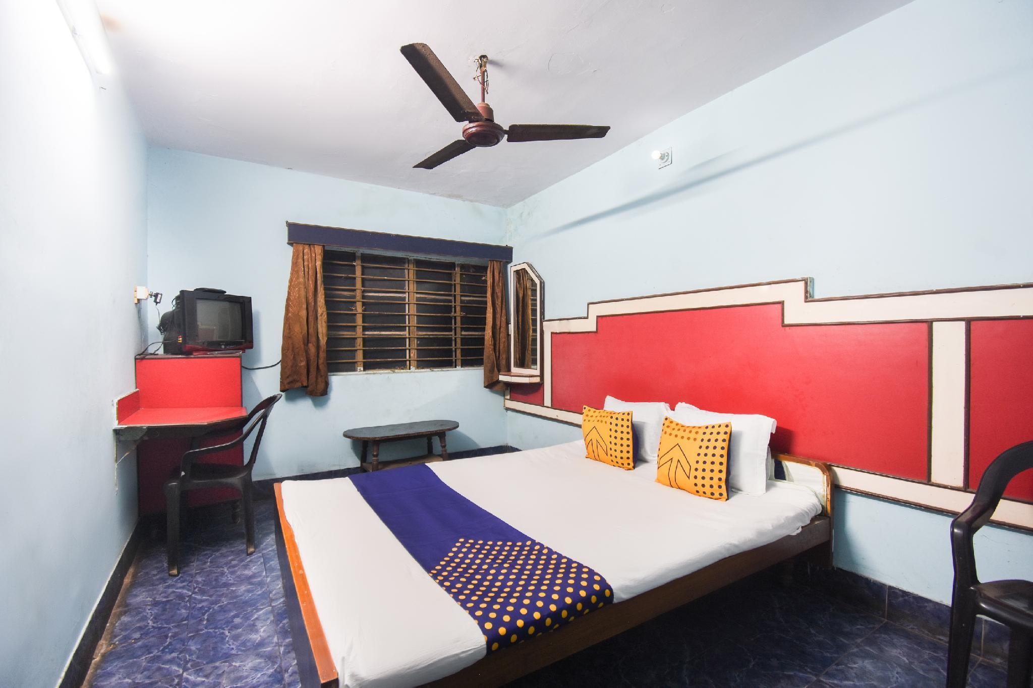 SPOT ON 64183 Brindavan Lodge