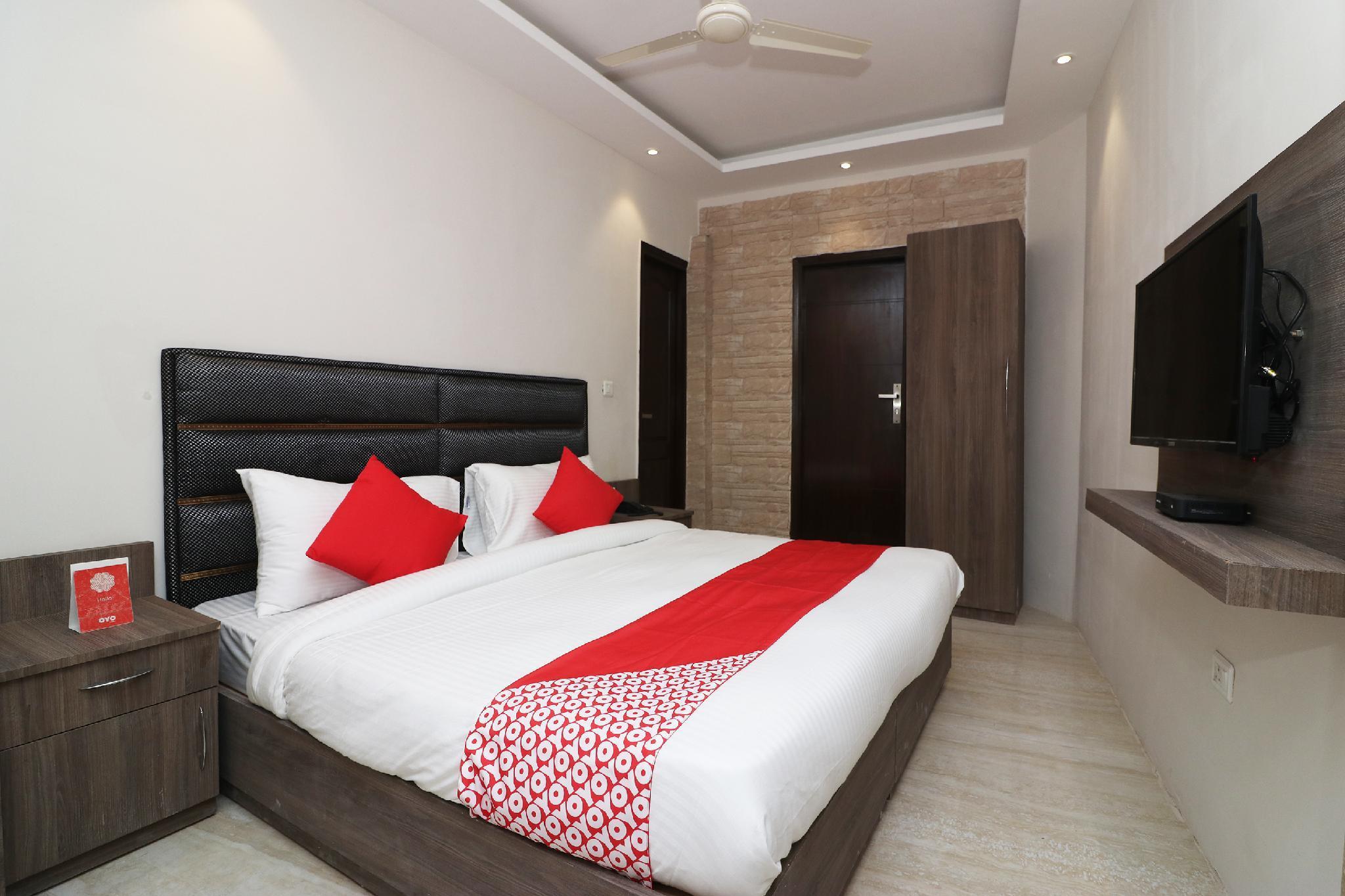 SPOT ON 39688 Hotel Punyashram ITBP Transit Camp