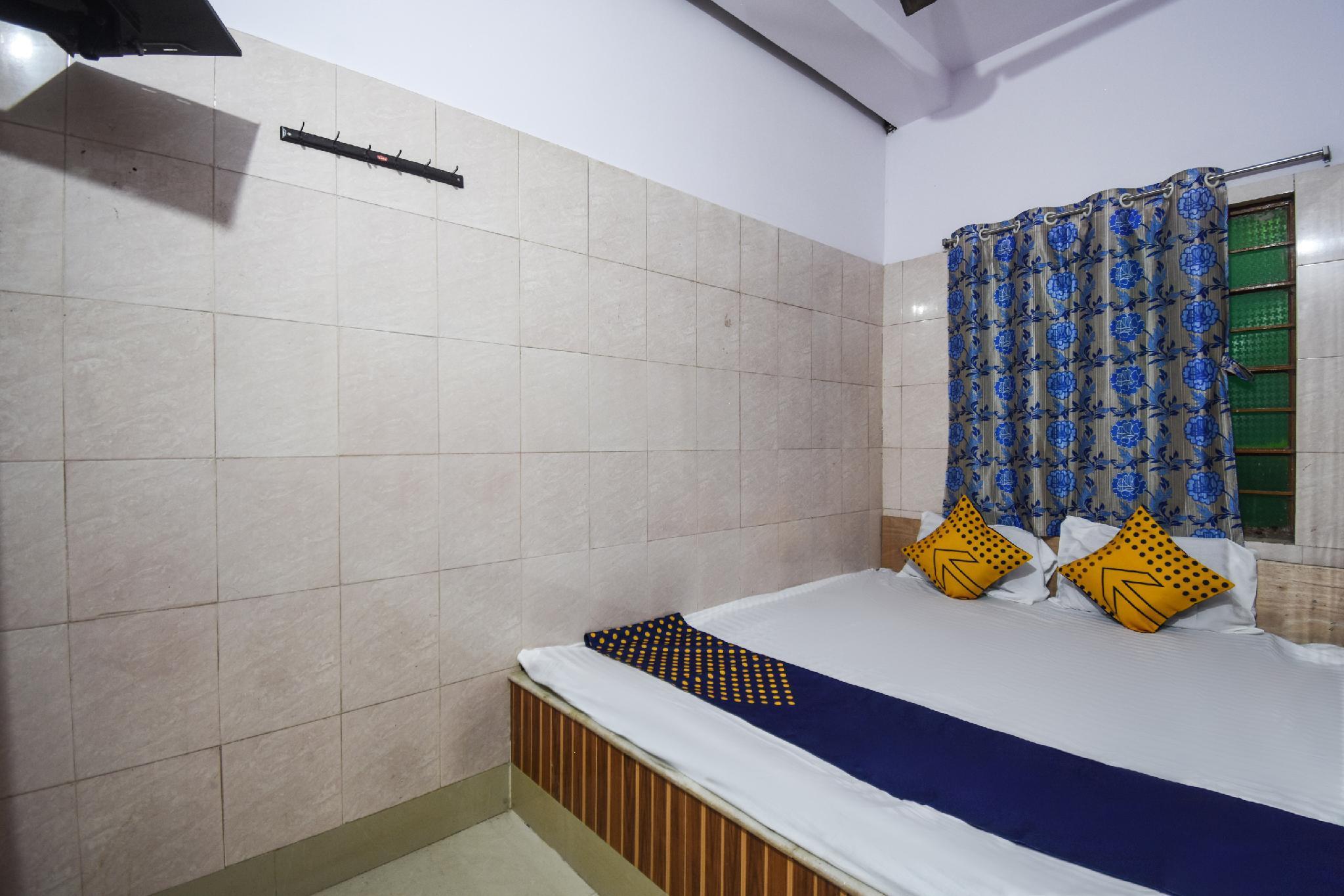 SPOT ON 62691 Bishnupriya Hotel