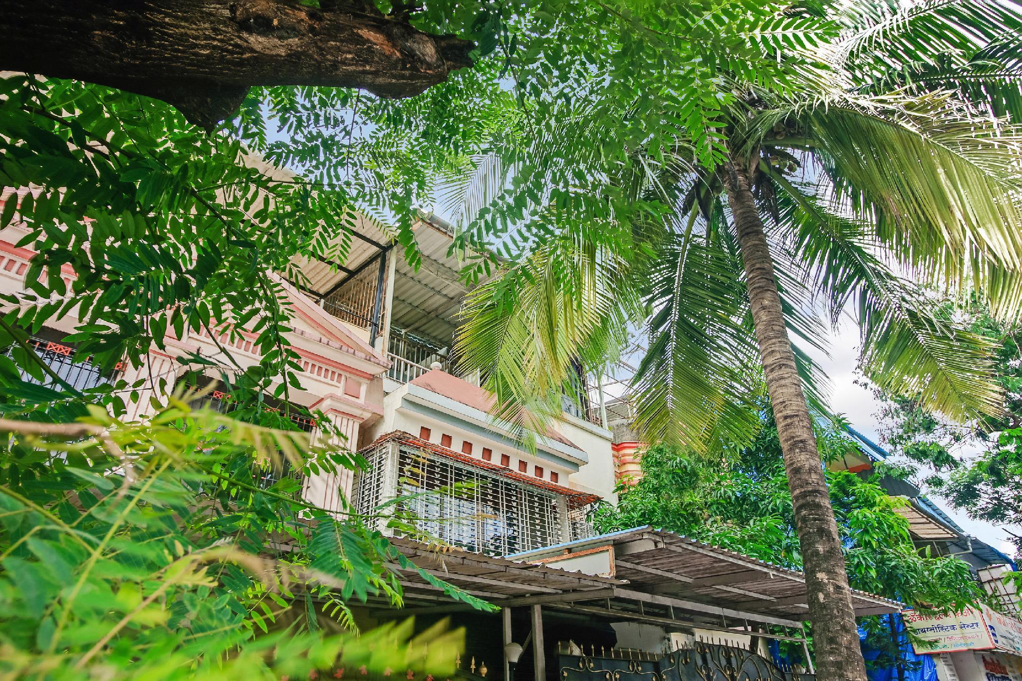 OYO Home 60497 Elegant Bungalow Gorai 2