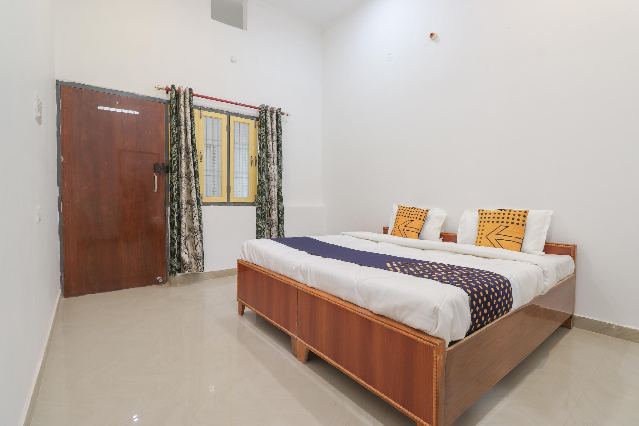 SPOT ON 62334 Hotel Maharaja Delight