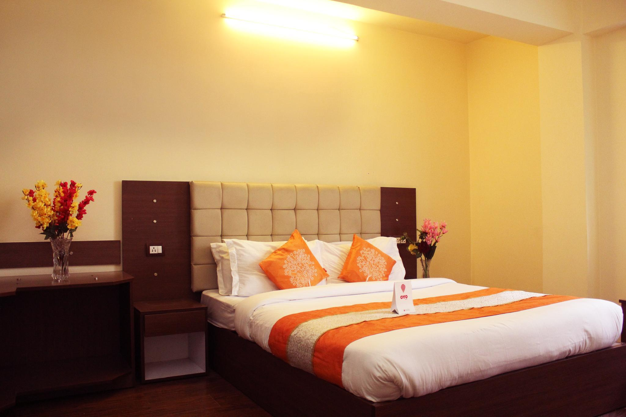OYO 8701 Hotel Silk Route Residency