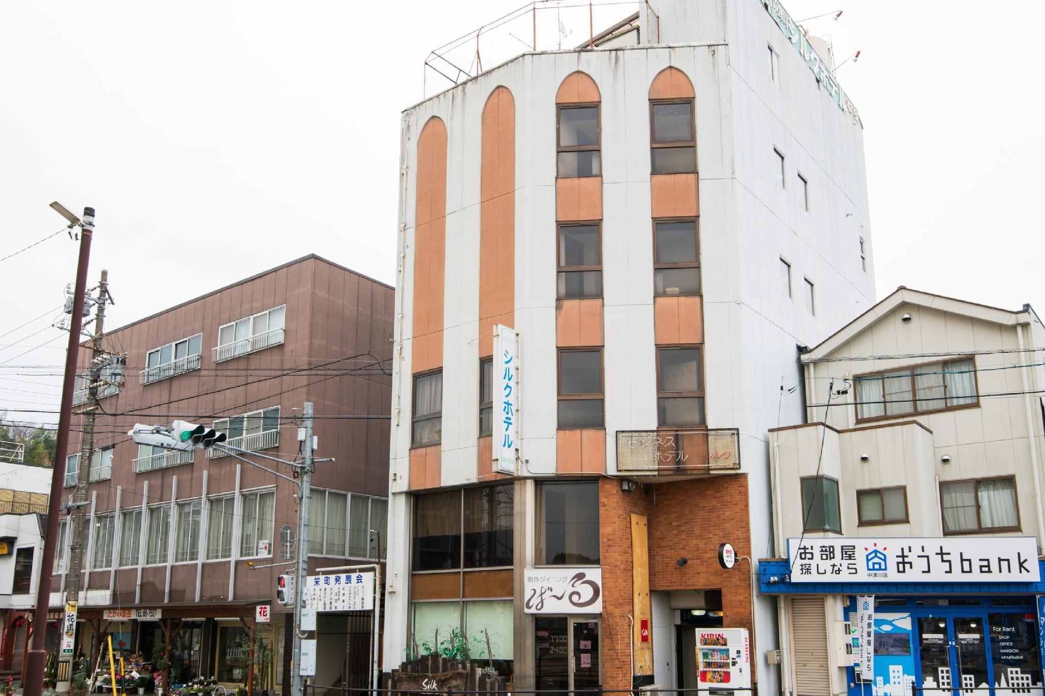 OYO Hotel Silk Nakatsugawa Sakaemachi