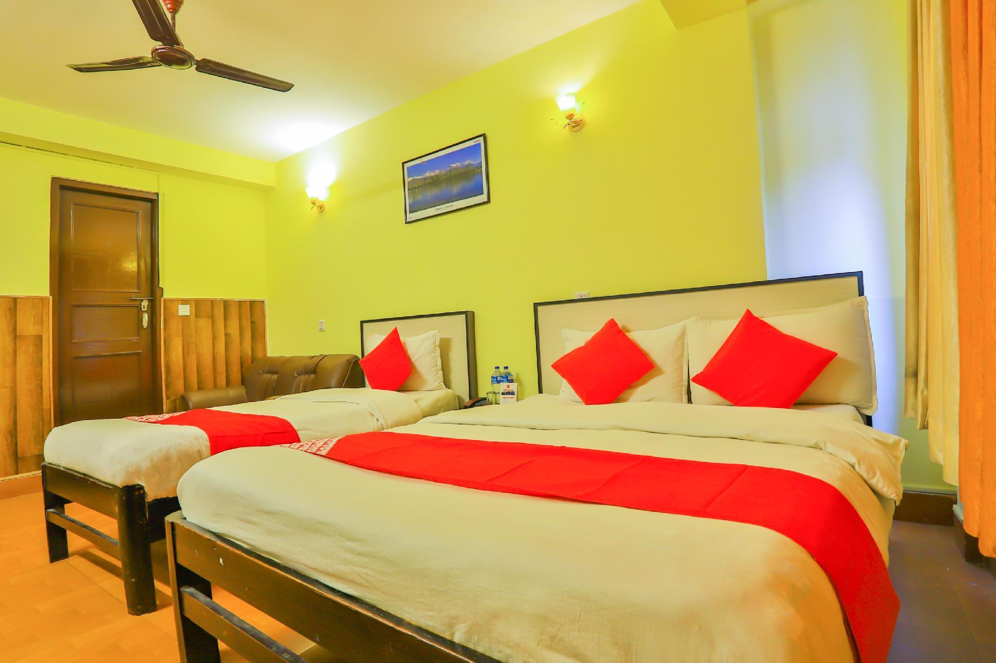 OYO 657 Hotel Everest Mount Holiday