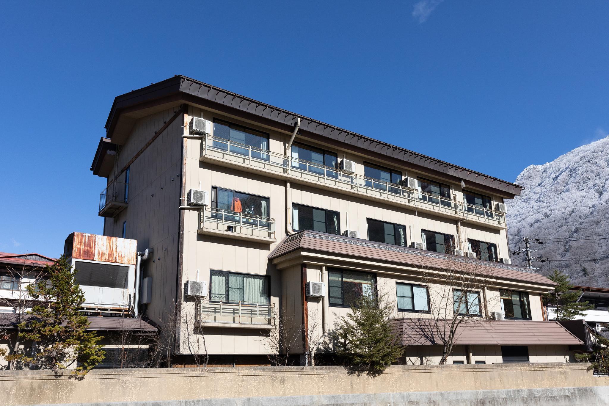 OYO 44625 Kazeyuki