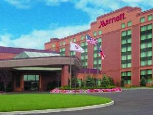 Marriott Cleveland East Hotel