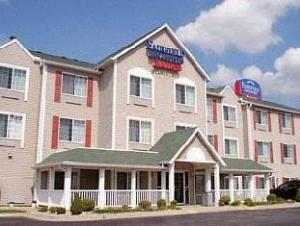 Fairfield Inn And Suites Kansas City North-Worlds Of Fun Hotel