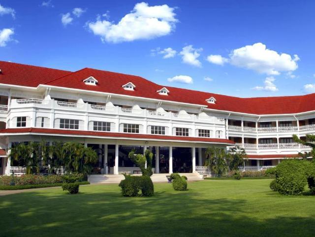 เซ็นทารา แกรนด์ รีสอร์ท แอนด์ วิลล่า หัวหิน – Centara Grand Beach Resort & Villas Hua Hin