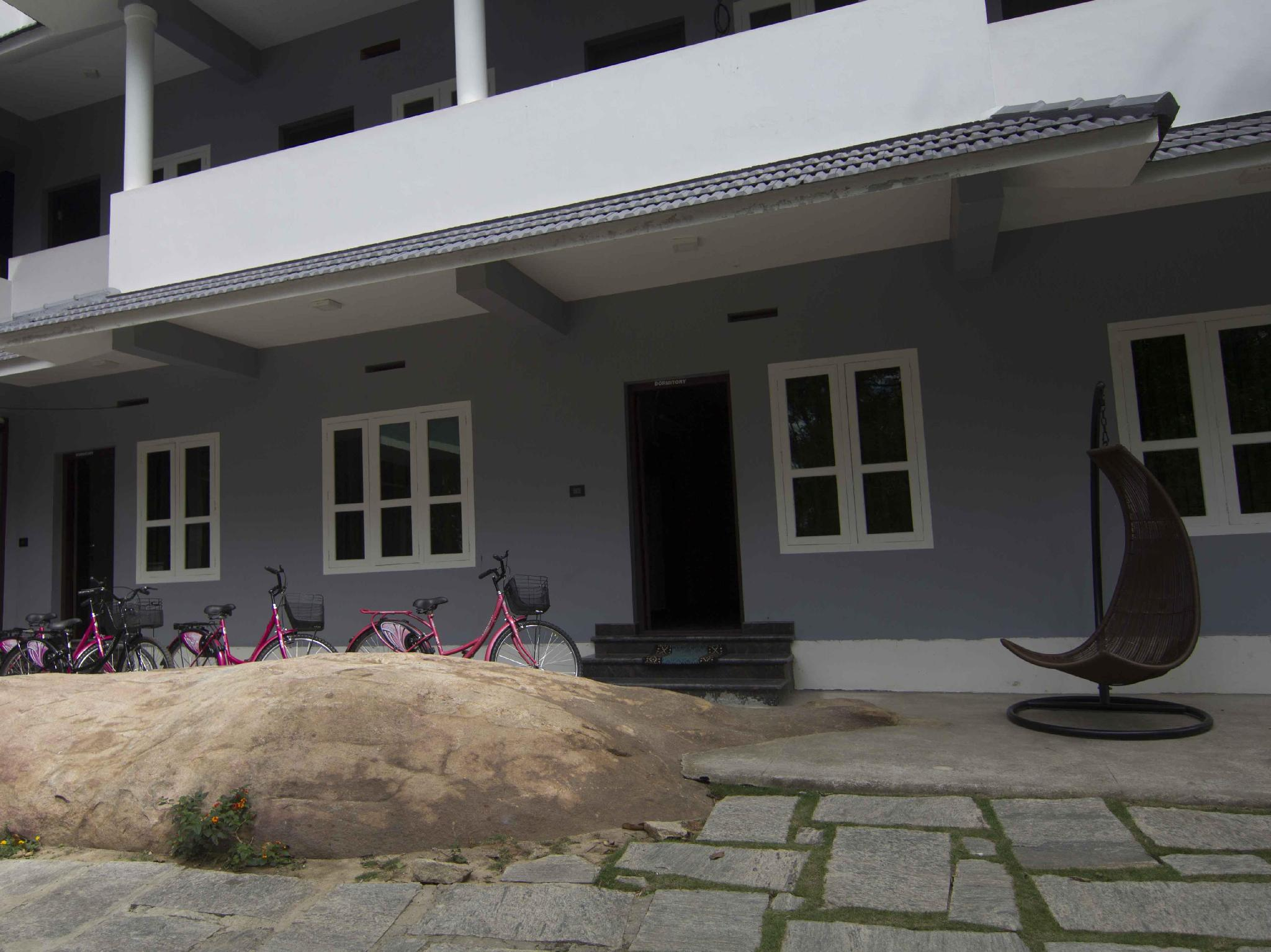 Review Edakkal Holiday Homes