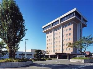 八户广场酒店 (Hachinohe Plaza Hotel)