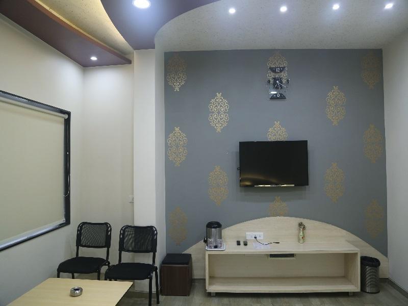 Price Vista Rooms at Sardar Bazar