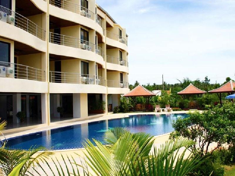Chaweng Lakeview Condotel Hotel โรงแรมเฉวง เลควิว คอนโดเทล
