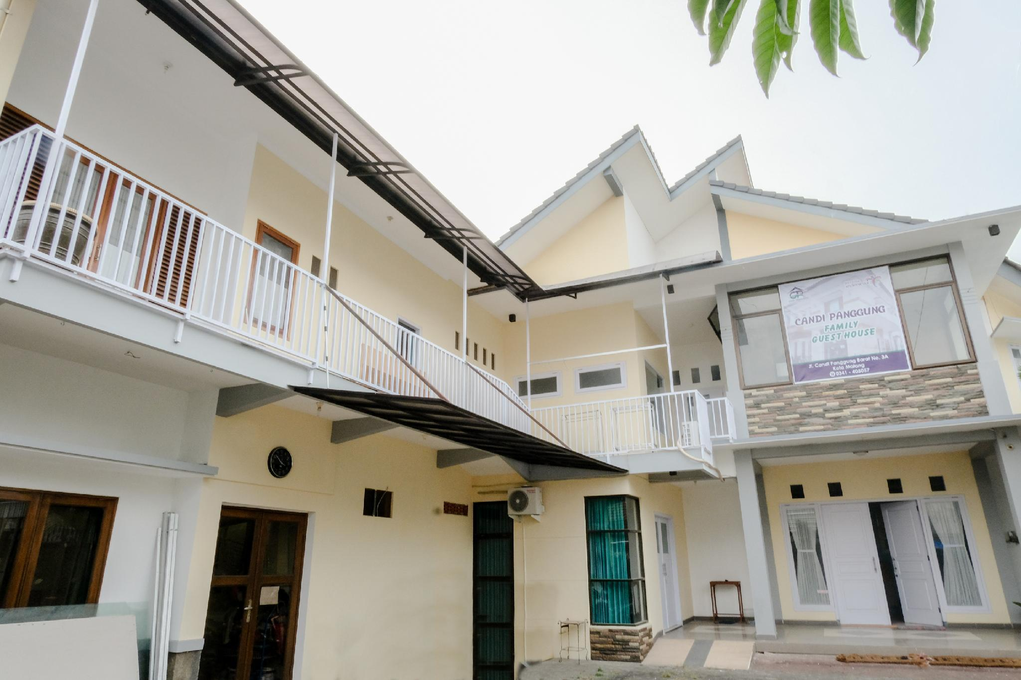 OYO 1509 Candi Panggung Family Guest House