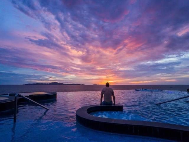 รอยัล คลิฟ บีช โฮเต็ล – Royal Cliff Beach Hotel