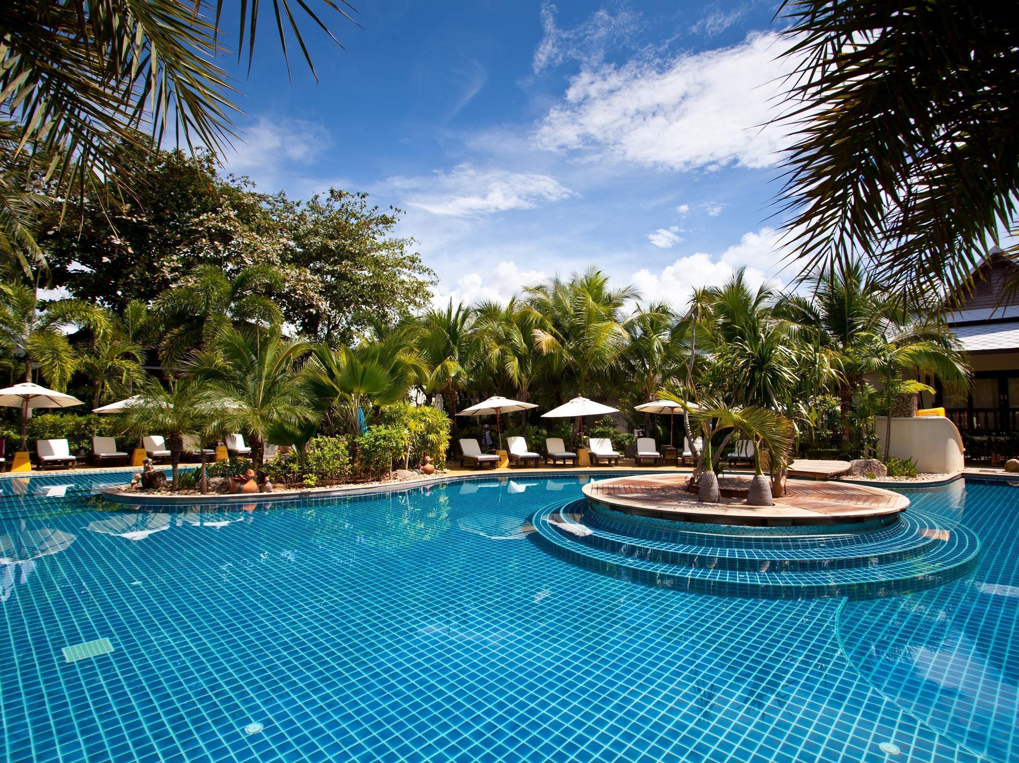 Am Samui Palace Hotel โรงแรมแอม สมุย พาเลส