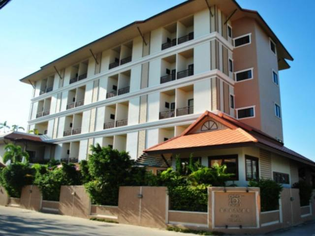 โรงแรมนราวรรณ – Narawan Hotel