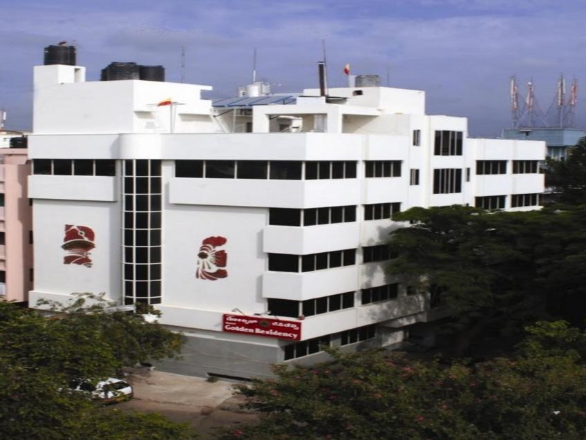 Hotel Golden Residency