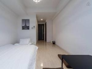 S-Residence Namba East Apartment - 1004