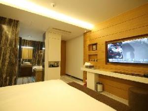 Homaesil Hotel