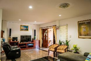 [ノッパラットタラ]ヴィラ(130m2)| 3ベッドルーム/3バスルーム Poonsiri Pool Villa