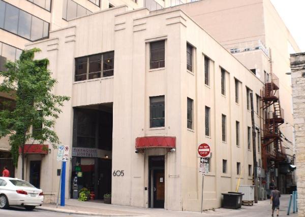 Firehouse Hostel Austin