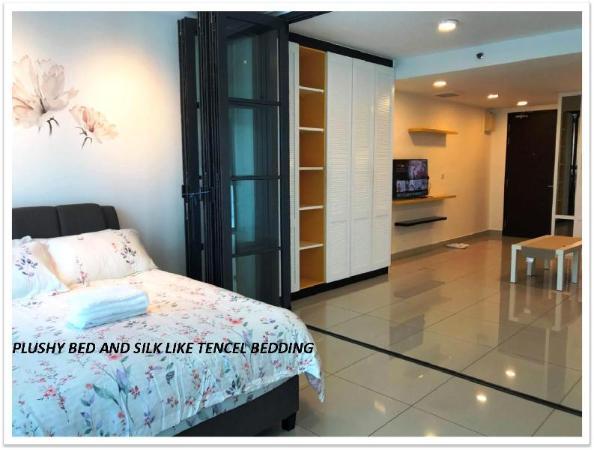 E StudioSuite Trefoil Setia City  Setia Alam Shah Alam