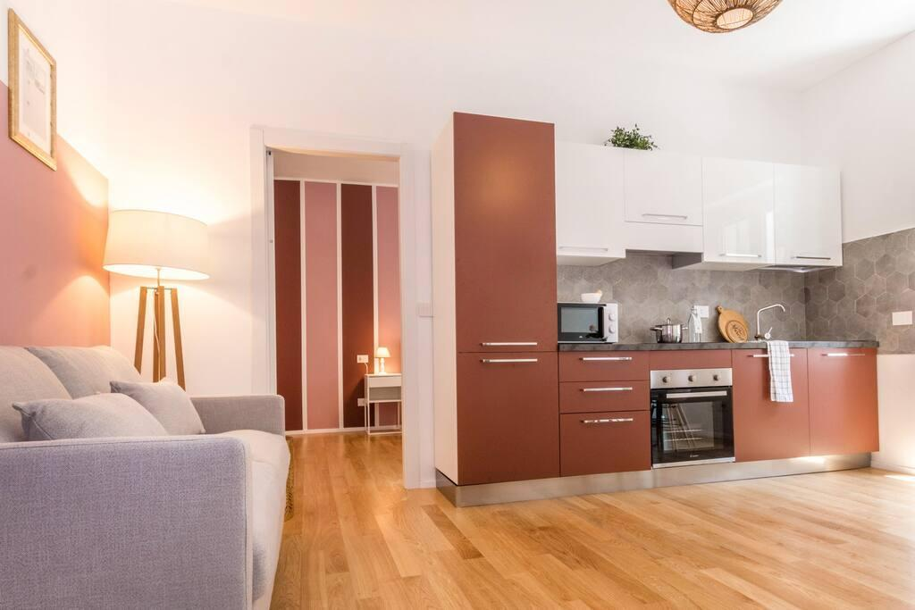Hintown Lotto Square Apartment  2