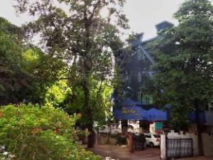 Shiv Sai Palace